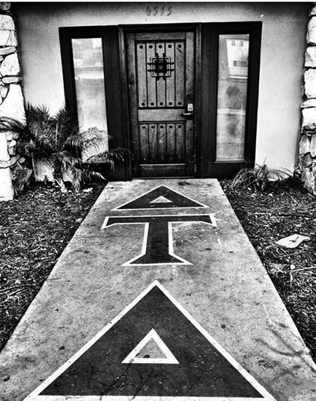 UCSB Delt House Entrance